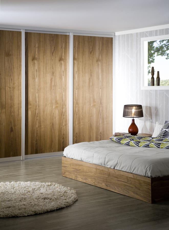 Puertas de closet con panelart madera