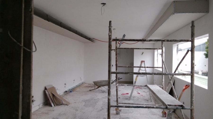 Remodelaci n de oficinas recepci n estancia comedor y for Remodelacion oficinas