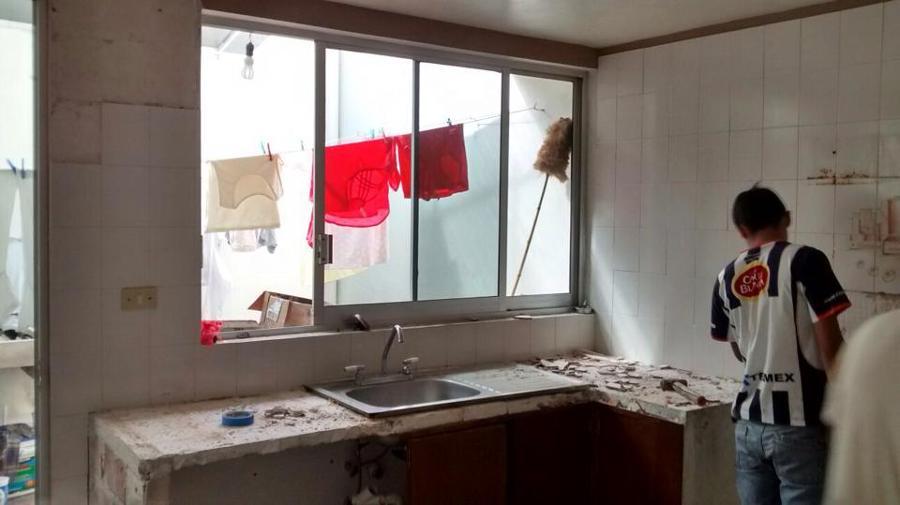 Foto retiro de azulejos de smi 132395 habitissimo for Azulejos para cocina mexico