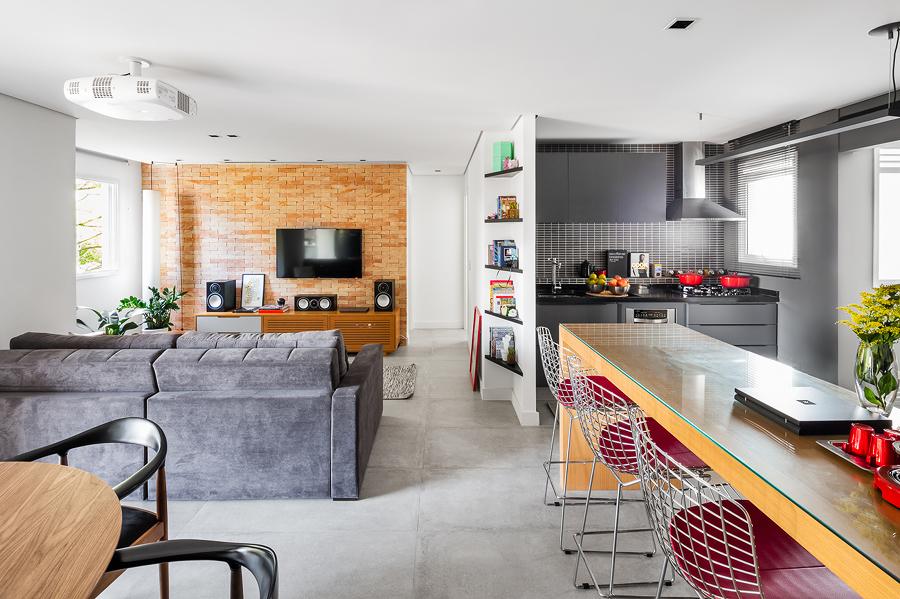 Departamento con sala unida a la cocina