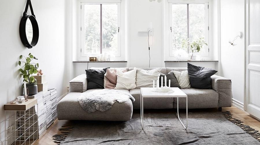 Sala con textiles low cost