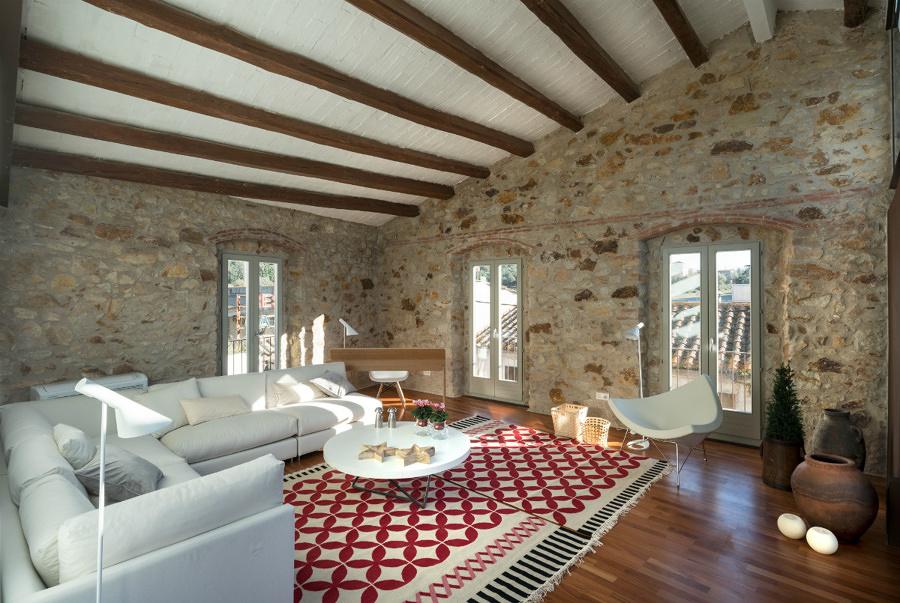 sala rstica con paredes de piedra natural - Paredes De Piedra Natural