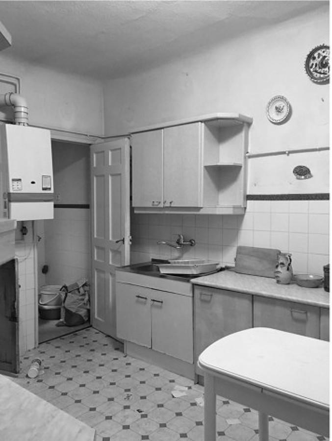 Cocina blanca antigua