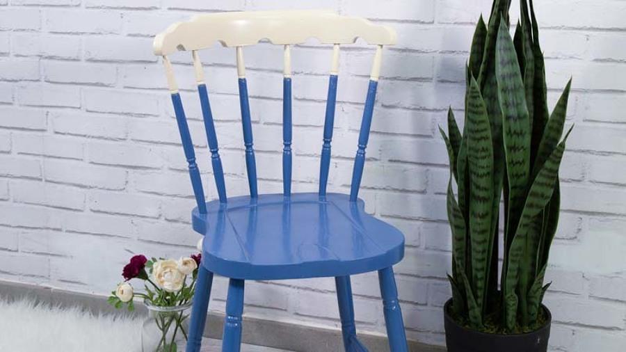silla antigua pintada