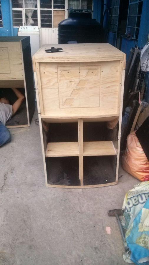 Suministro de muebles