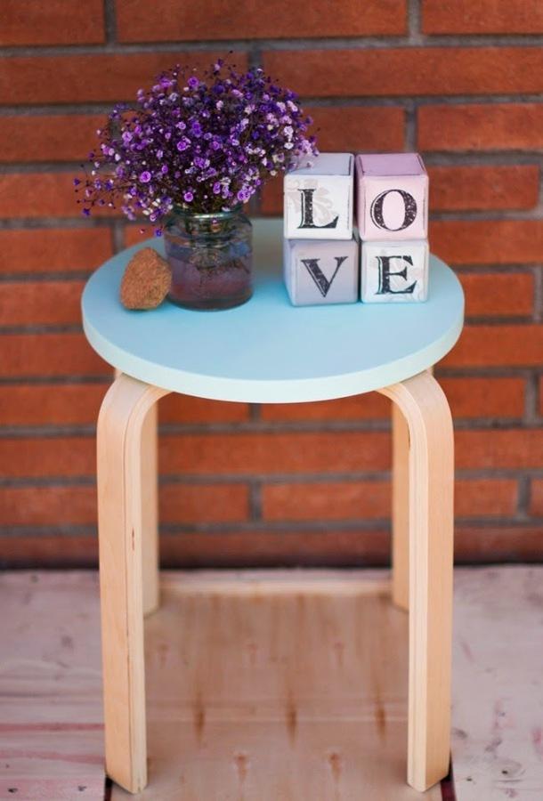 Foto taburete pintado 139251 habitissimo for Chalk paint muebles ikea
