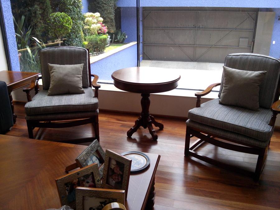 Tapizado de sillones individuales Sra. Muñoz