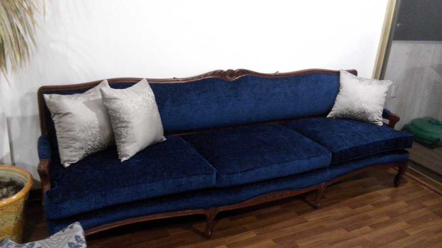 Tapizado de muebles ideas dise o de interiores for Sofas estilo clasico