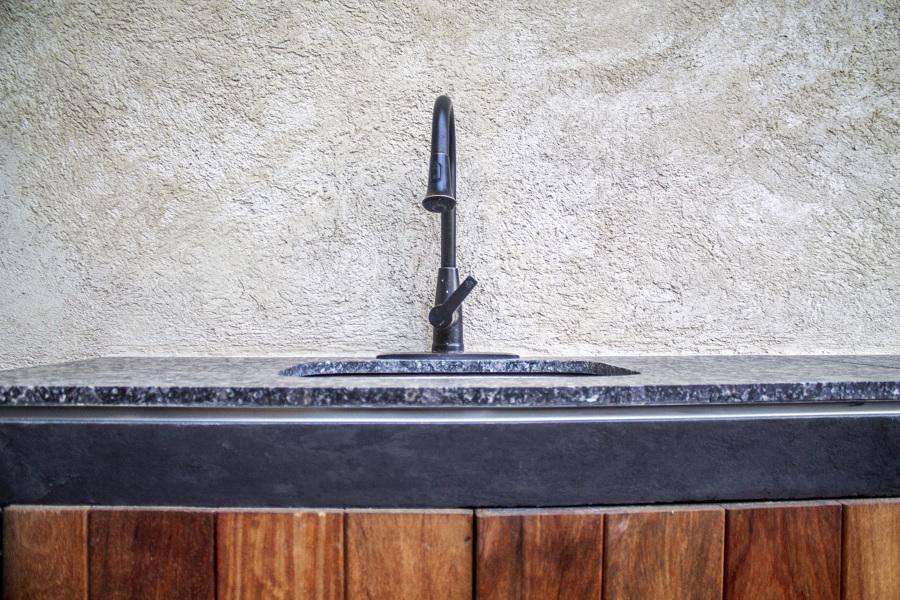 Tarja en área de asador