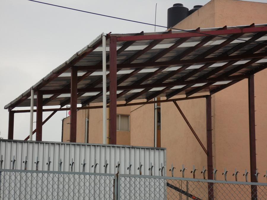 Estructura y techumbre de nave industrial 13 5 mts de for Techumbres minimalistas