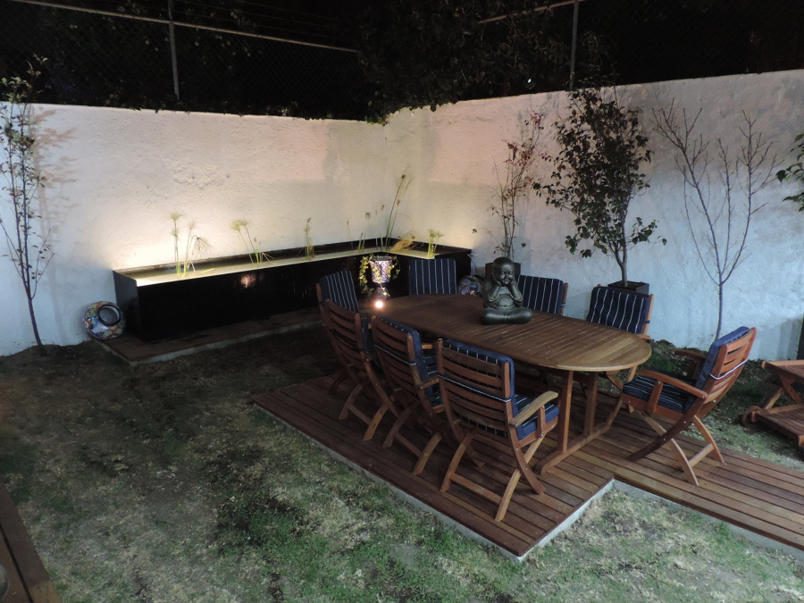 Foto terraza jardin casa mello metepec toluca de for Casa minimalista toluca