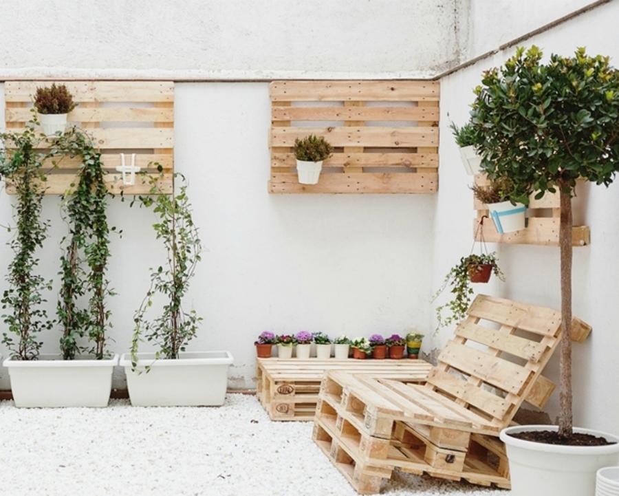 Jardineras hechas de tarimas de madera
