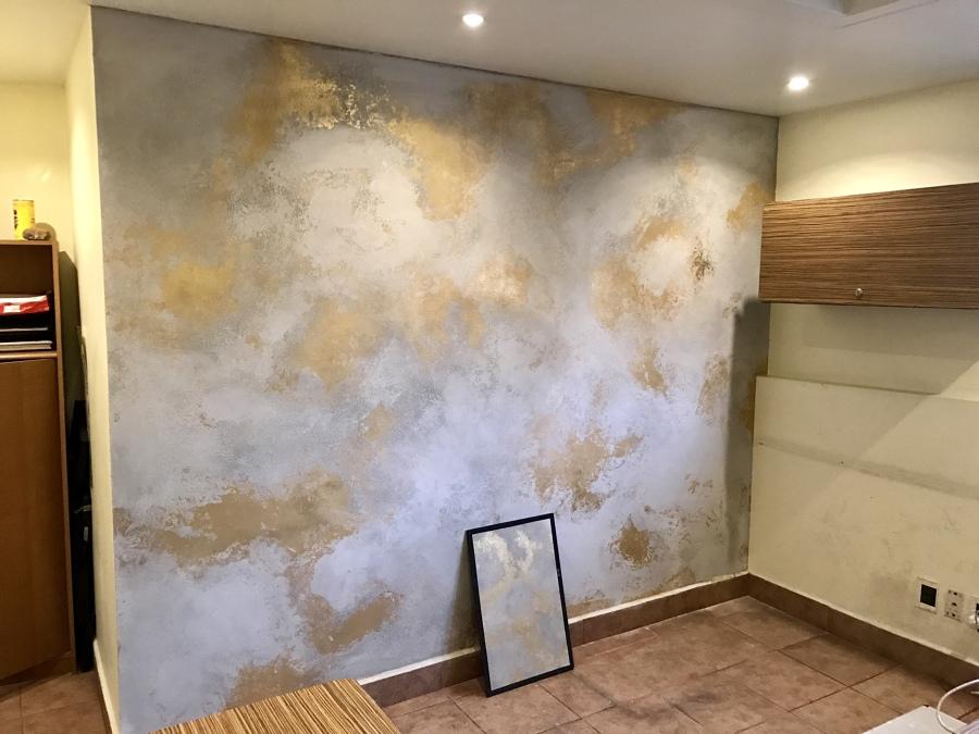 Tipo cemento con hoja de oro