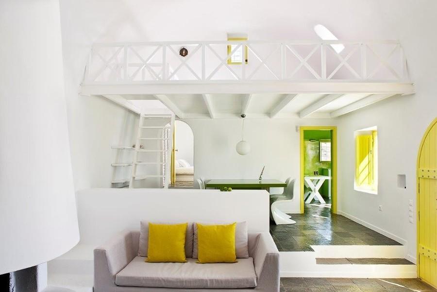 Casa decorada con detalles en color amarillo