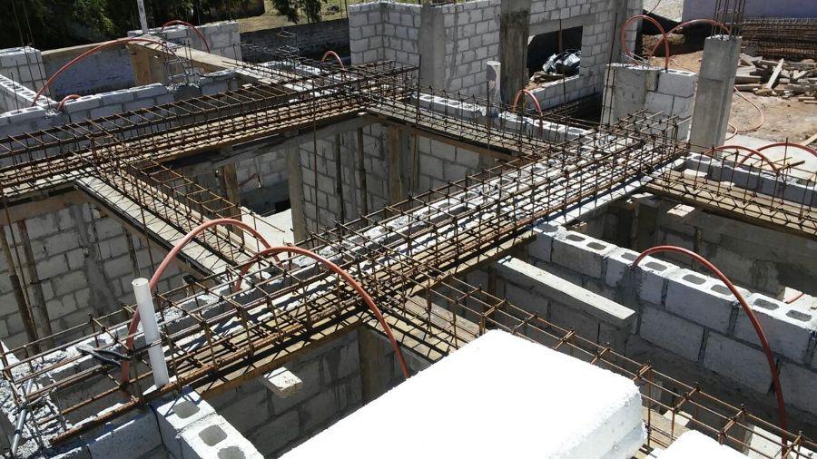Foto trabes de entrepiso de iidcee innovaci n en for Diseno estructural de casa habitacion