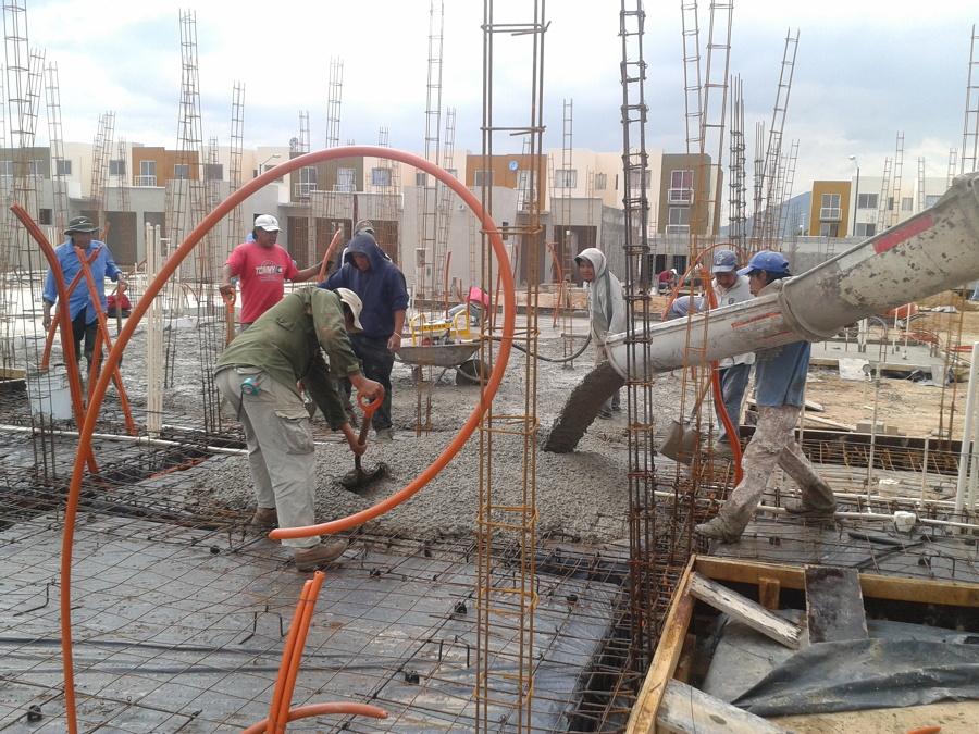 Vaciado de concreto en cimentacion