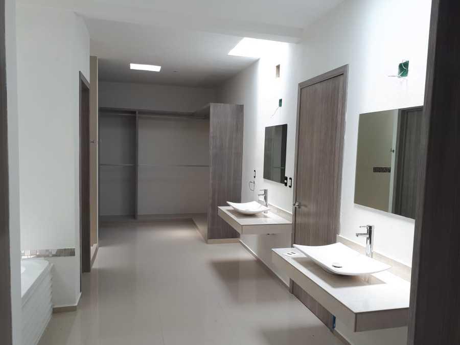 Vestidor / baño principal