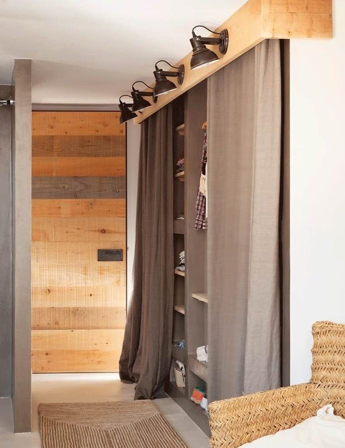 C mo hacer un vestidor cuando no hay espacio suficiente for Cortinas para pasillos