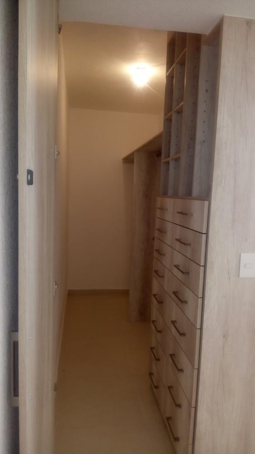 vista 2 vestidor