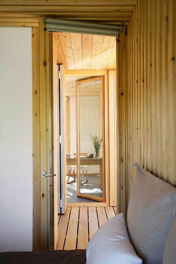 Recámara casa prefabricada de madera