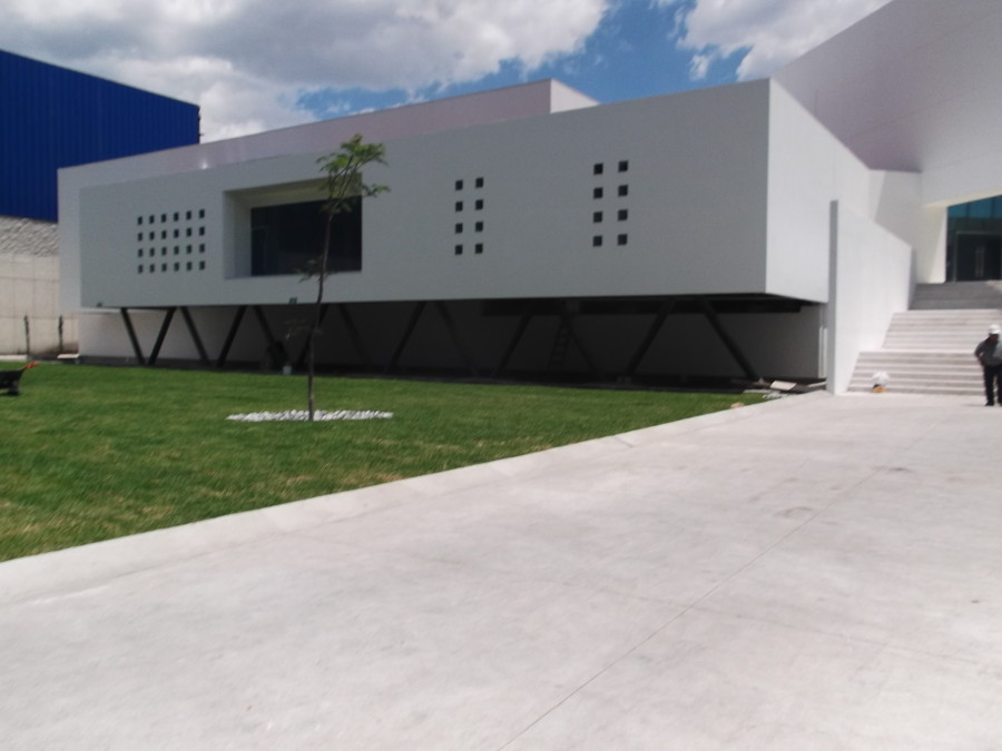 Voz y datos en edificio corporativo Tintas Sanchez.