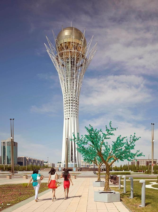 Astana, Kazajistán. Torre Bajterek
