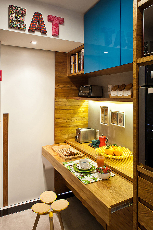 Barra de cocina retráctil