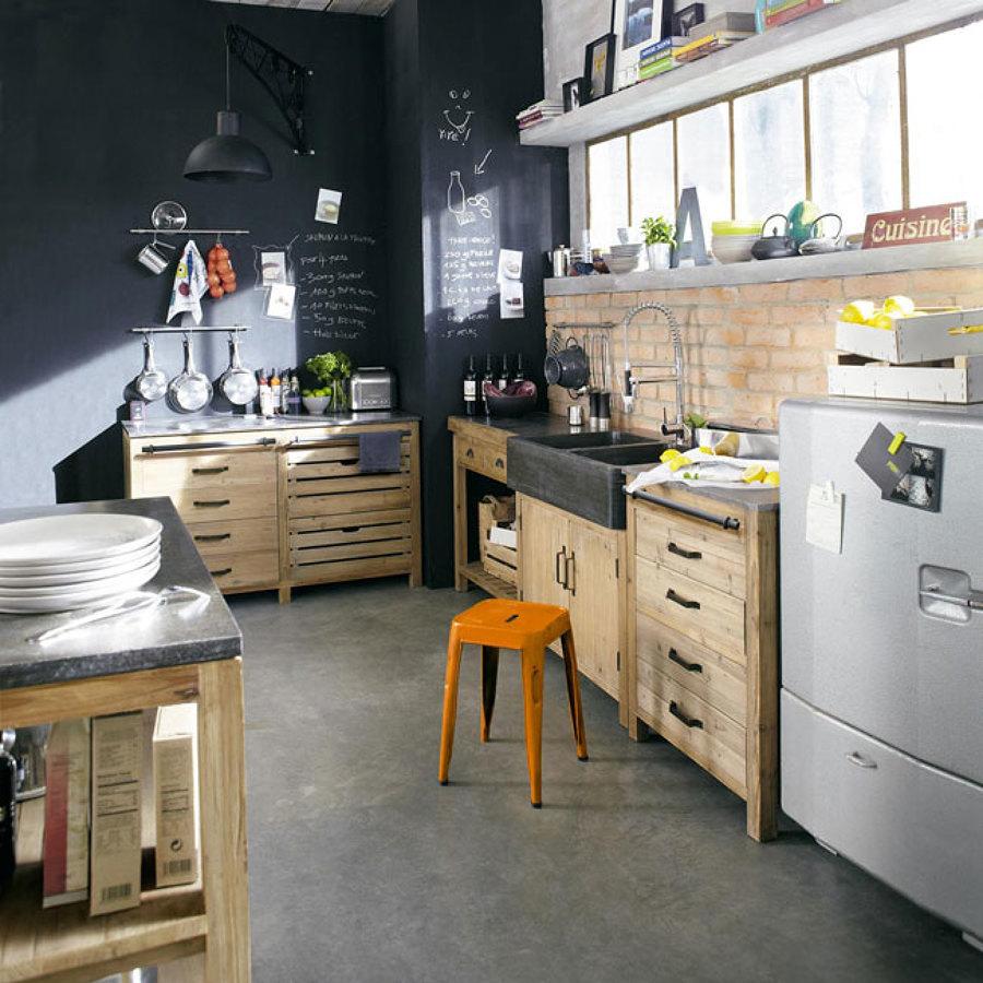 Cocina con paredes de pizarrón