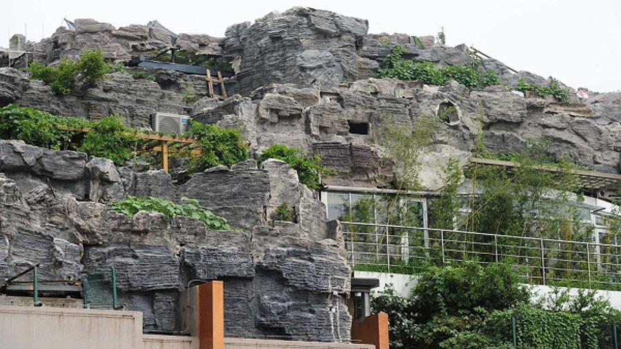 edificio en montaña