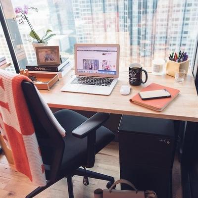 Rutinas de auto cuidado para el trabajo en casa