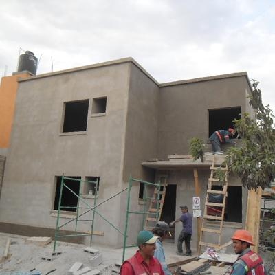 CONSTRUCCIÓN DE CASAS HABITACIÓN