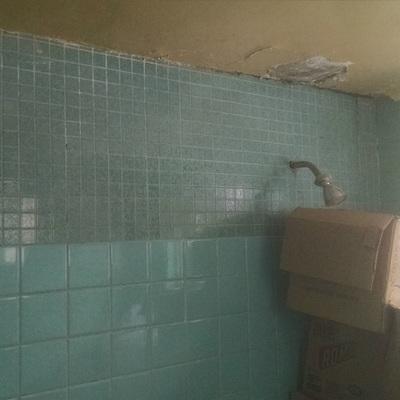 Remolelación de Sanitario y cambio de piso cocina