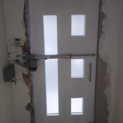 Puerta de alta seguridad para laboratorio