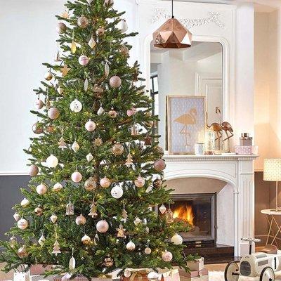 Arbol de navidad en tonos dorados
