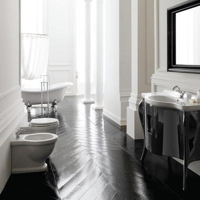 baño con mueble negro lacado