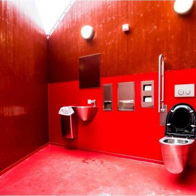 baño rojo