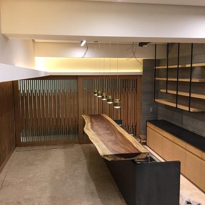 Bar y zona de reunión