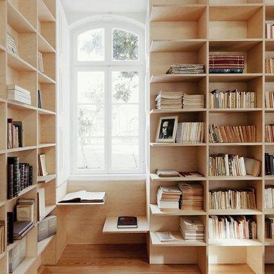 Librero a la medida de madera