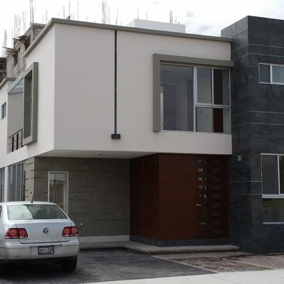 Casa nivel medio residencial Querétaro