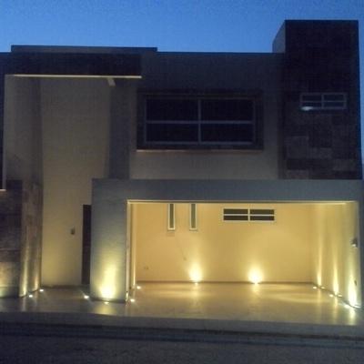 Casa habitación construida en el fraccionamiento Palma Sola en Puebla
