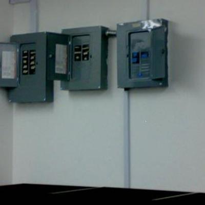 Electrificacion y ambientación de un call center