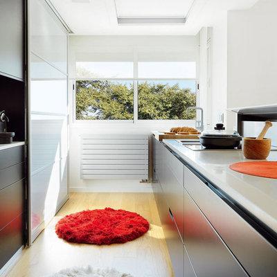 Cocina moderna con luz natural