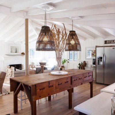 cocina y salón abierto con suelo vinílico
