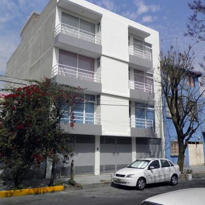 Construcción de un Edificio de 4 Niveles para 3 Departamentos