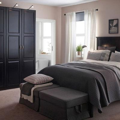 Dormitorio-sobrio-en-gris-