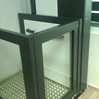Salva escaleras ( Elevador media cabina de importación)