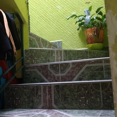 Aplicación de pasta en muros, tirol, acabados en yeso, cornisa y moldes de yeso!!