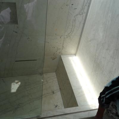 Fabricación de tina de marmol.