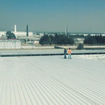 Suministro y colocación de lámina pintro tipo R-101 pintro cal.-26, para faldones y cubierta, 6,300 m2.