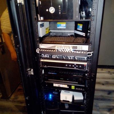 Organizacion de Cables en Rack